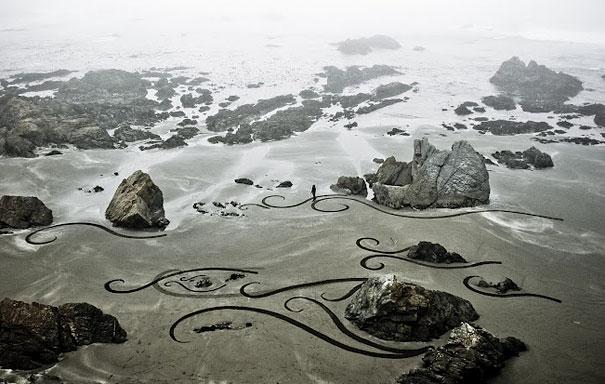 Lukisan Menakjubkan Di Atas Pasir Gagd