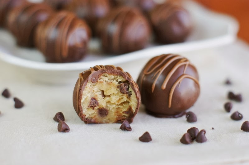 so what if you want to make pops instead of truffles itu0027s the same basic process except with a stick and maybe some sprinkles iu0027m going to show just the
