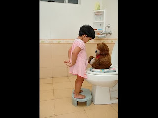 toilet training girls age 2
