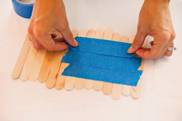 Salvamantel con palillos de helado en Recicla Inventa