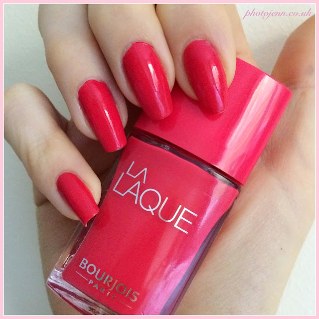 bourjois-la-laque-nail-polish-Flambant-Rose-swatch