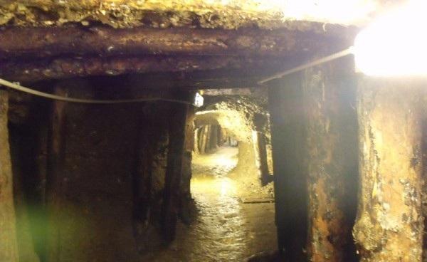 Οι παράξενες στοές δίπλα στη «Πυραμίδα του Ηλίου» ηλικίας 20.000 ετών. - Βοσνία.