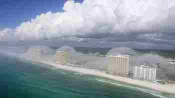 Tsunami de nubes en Miami (Florida) (foto)