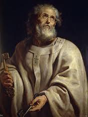 San Pedro con tunica mirando al cielo con las llaves en las manos