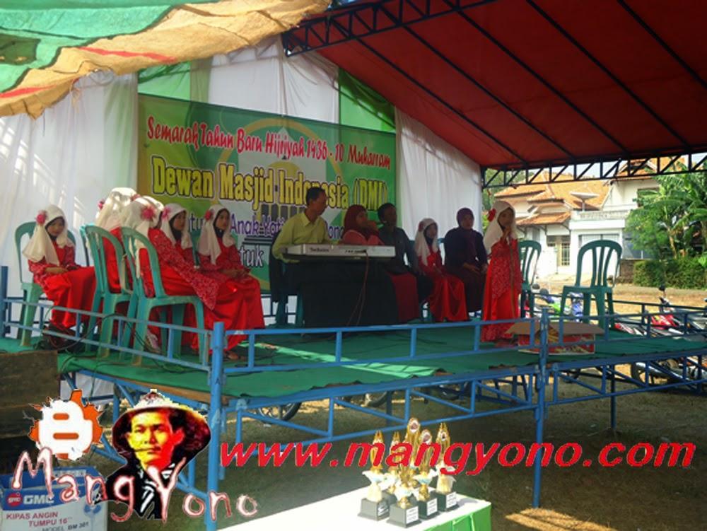 iringan qosidah dari Grup qosidah kampung Gondang, Desa Mekarwangi