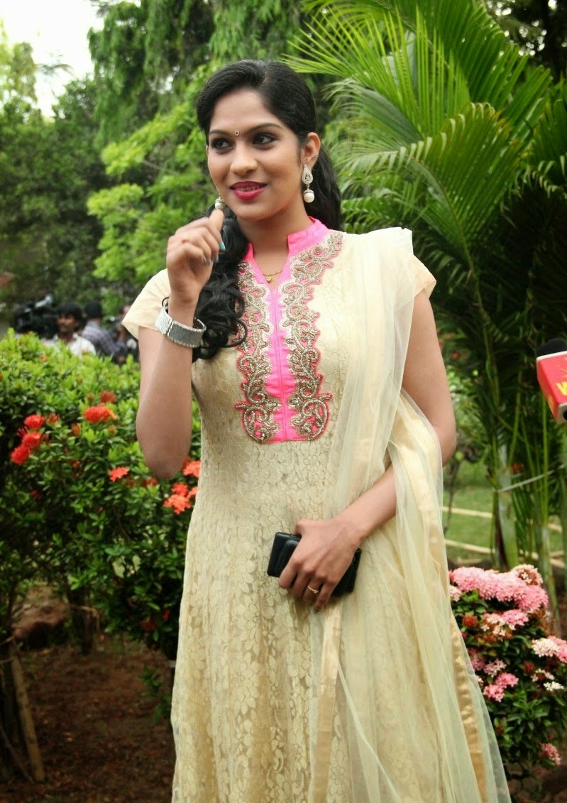 S, Swasika, Swasika Hot Pics, HD Actress Gallery, latest Actress HD Photo Gallery, Latest actress Stills, Tamil Actress, Tamil Actress photo Gallery, Beautiful pics, Indian Actress, Actress, Swasika Beautiful Tamil Movie Actress HD Photo Galleryz
