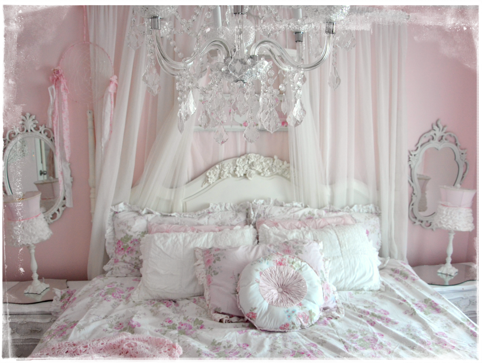 Pink Shabby Chic Bedroom