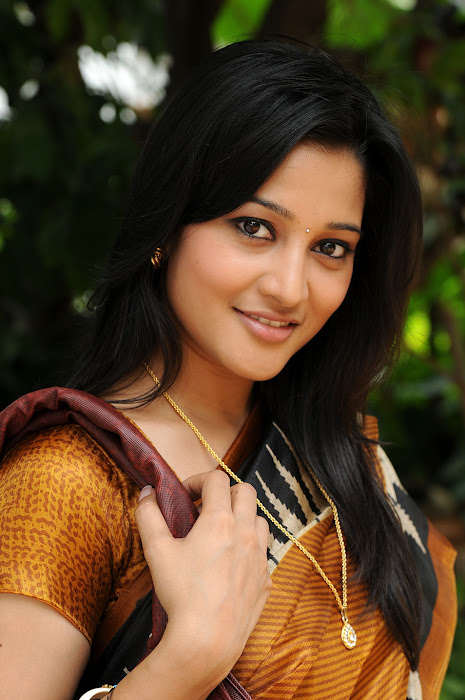 ritu barmecha from vasool raja movie actress pics