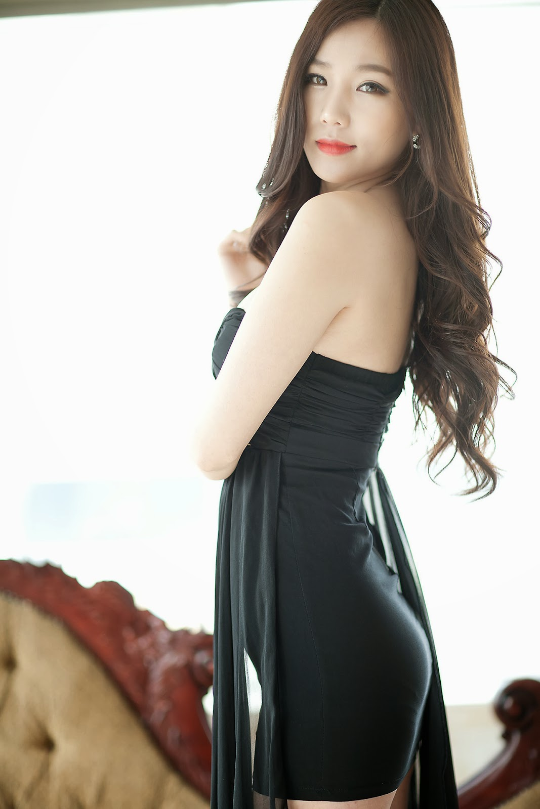 Lee Ji Min Elegantly Sexy