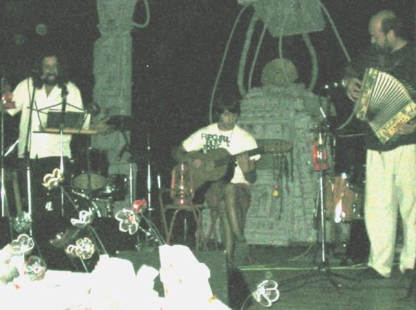2004 - En vivo Teatro Paz y Unión
