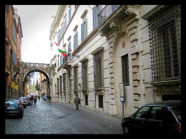 Palazzo Falconieri na via Giulia