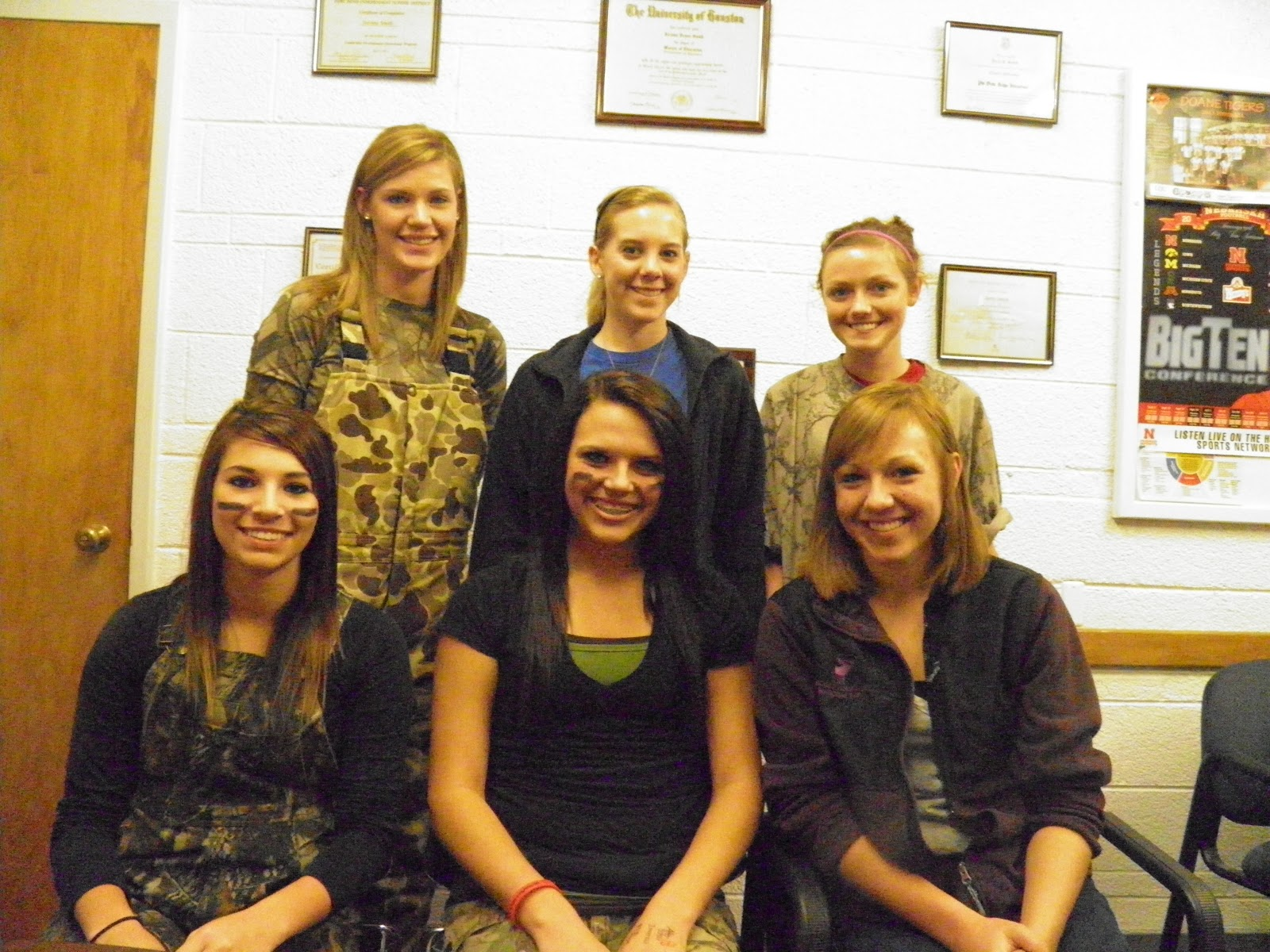 high school homecoming essays The 2016 napoleon high school homecoming court includes (front row, from left) hannah behm, sophomore attendant allison mack, junior attendant sarah borkowski.
