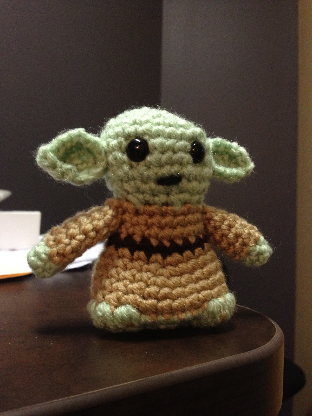 Amigurumi Yoda : Needles and Treads: Yoda Amigurumi