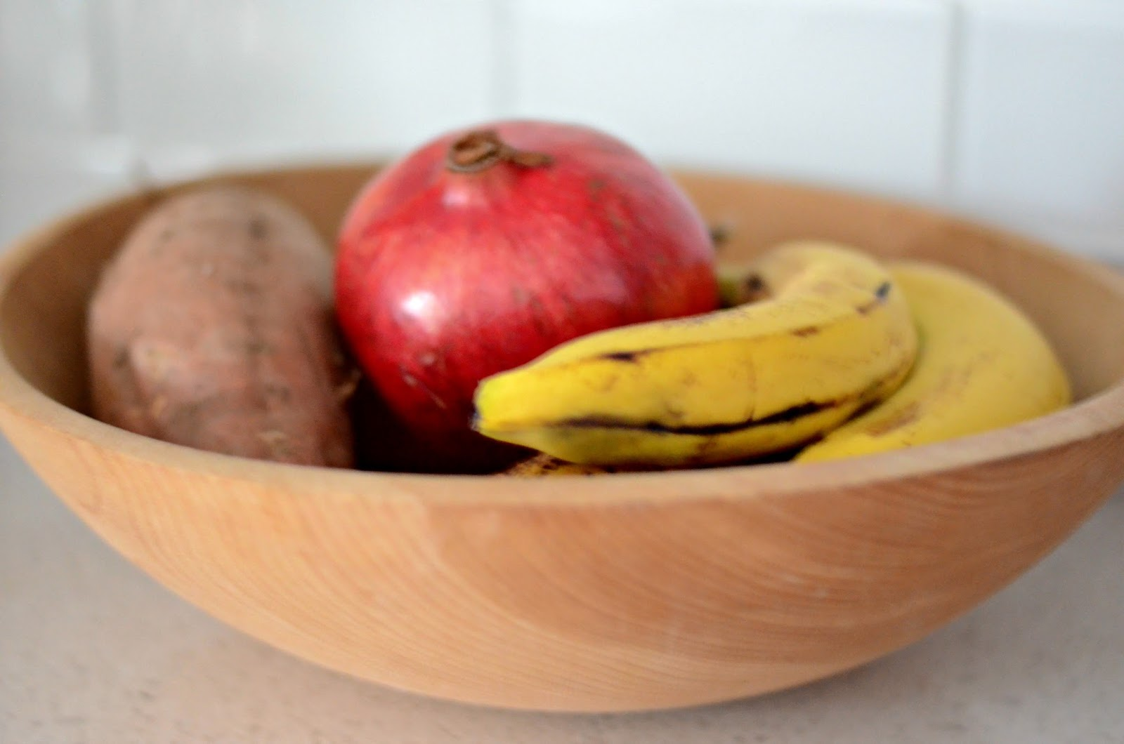 Natural.Wood.Fruit.Bowl