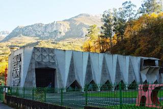 Proaza, central hidroeléctrica