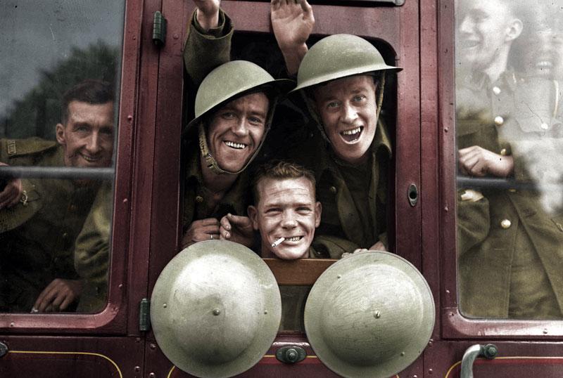 Tropas británicas camino del frente en 1939