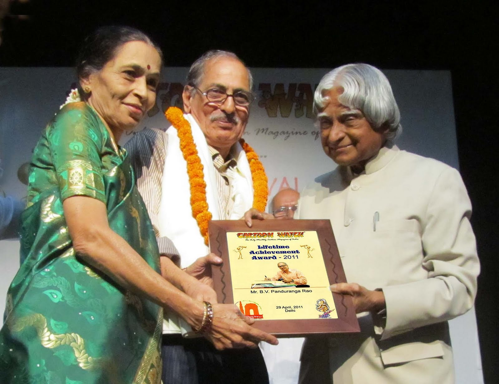Felicitated by Life Time achievement award  Dr Abdul Kalam at Cartoon Festival - 2011 at new Delhi