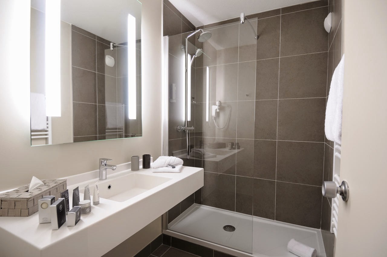 R novation salle de bain - Salle de bain contemporaine photo ...