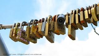 love padlocks,japan