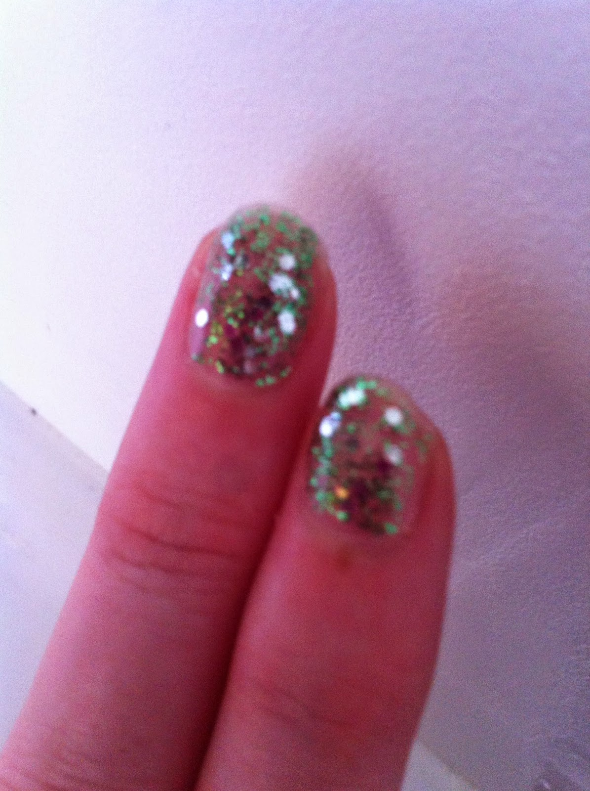 Nailpolish green glitter