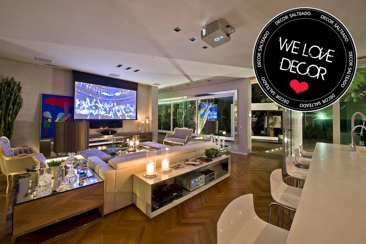 Cozinha e salas estar/jantar integradas com decoração neutra e #162469 1205x802