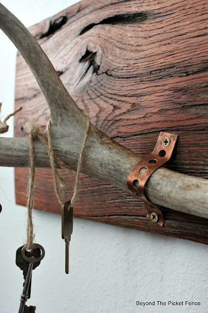minwax stain, salvaged wood, reclaimed wood, antlers, rustic chic, copper, plumbers tape, old keys, http://bec4-beyondthepicketfence.blogspot.com/2016/01/rustic-chic-marriage-contracts.html