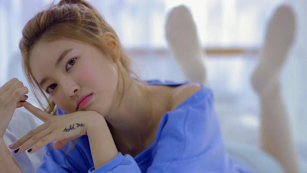 NS Yoon-G Wifey MV