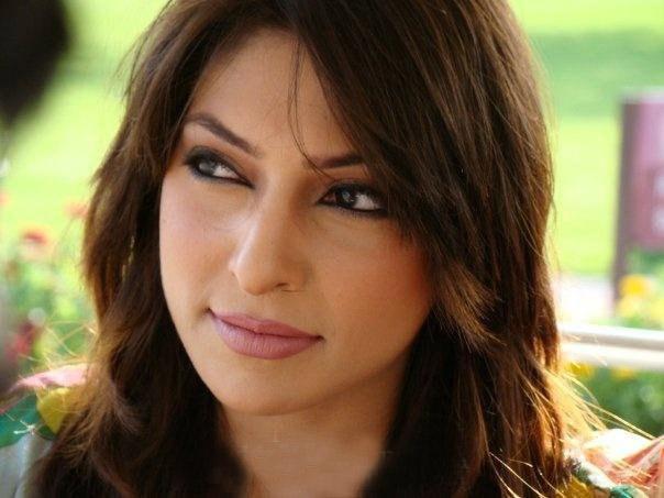Sana Humayun Professional - Sana_Humayun_Fashion_Model