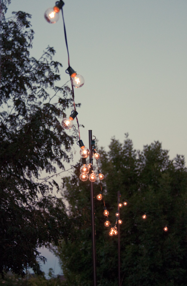String Lights Pole : Bright July: {DIY}: Outdoor String Lights