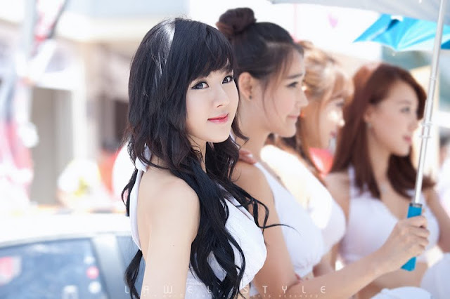 Hwang Mi Hee at CJ Super Race R5 2011