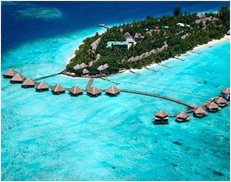 Adaaran Club Rannalhi Maldives
