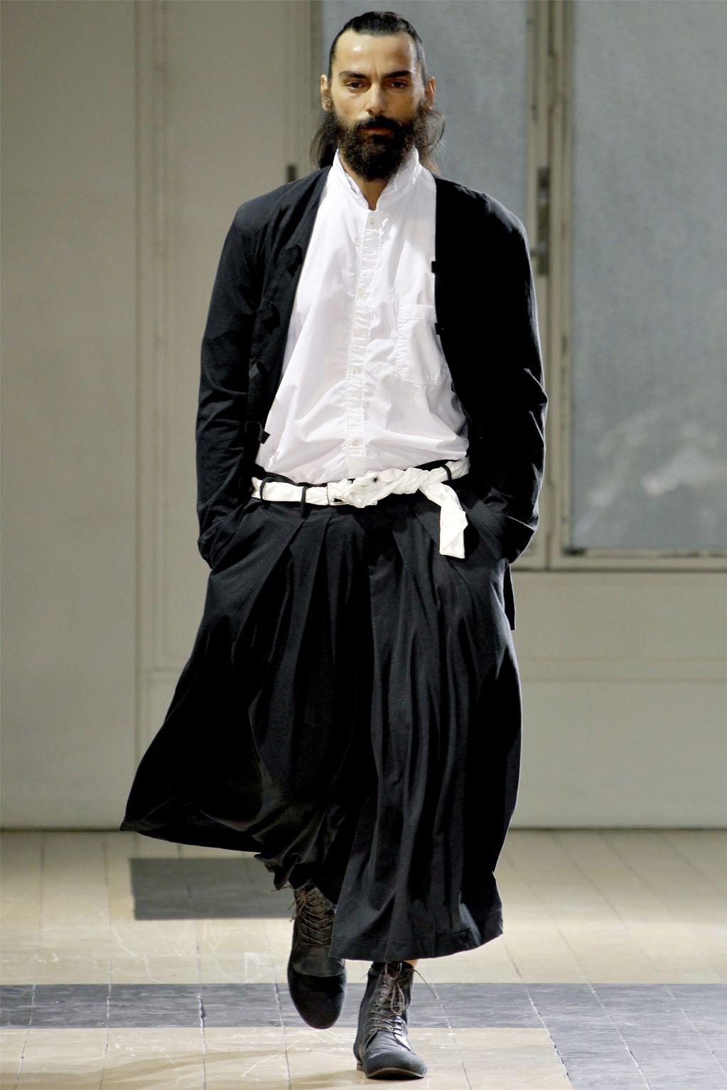 Рассказы истории о том как мужчины одеваются в женскою одежду 29 фотография
