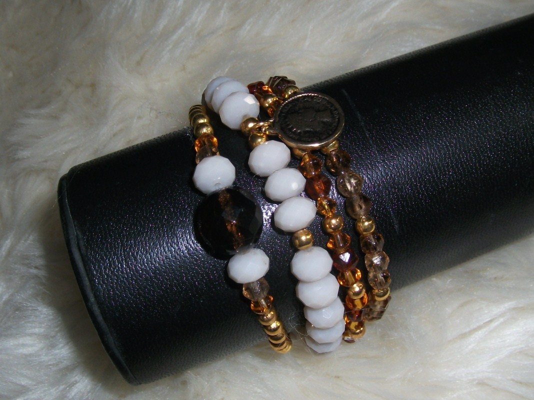 Lucky bracelets: sale!!!