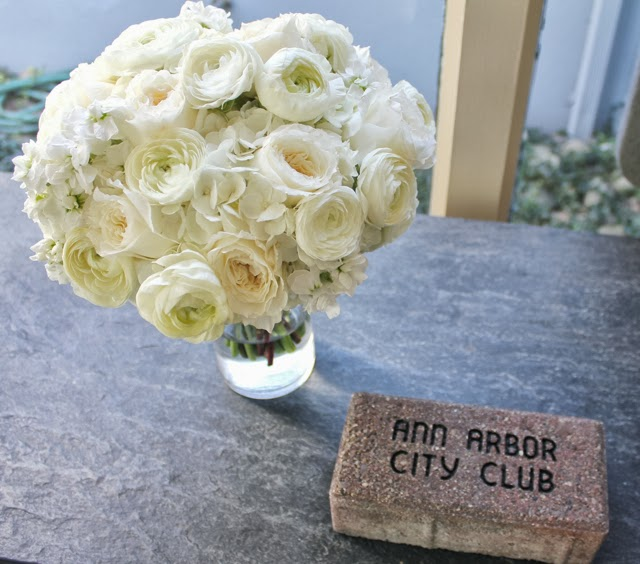 all white brides bouquet white ranunculus garden roses david austin patience hydrangea and stock flower mounded textured audrey hepburn classic elegant Ann Arbor Detroit wedding flowers sweet pea floral design the ann arbor city club
