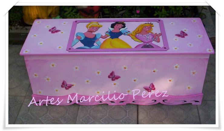 Super bau das Princesas R$ 350,00 medidas 1,25Cx45Px48A