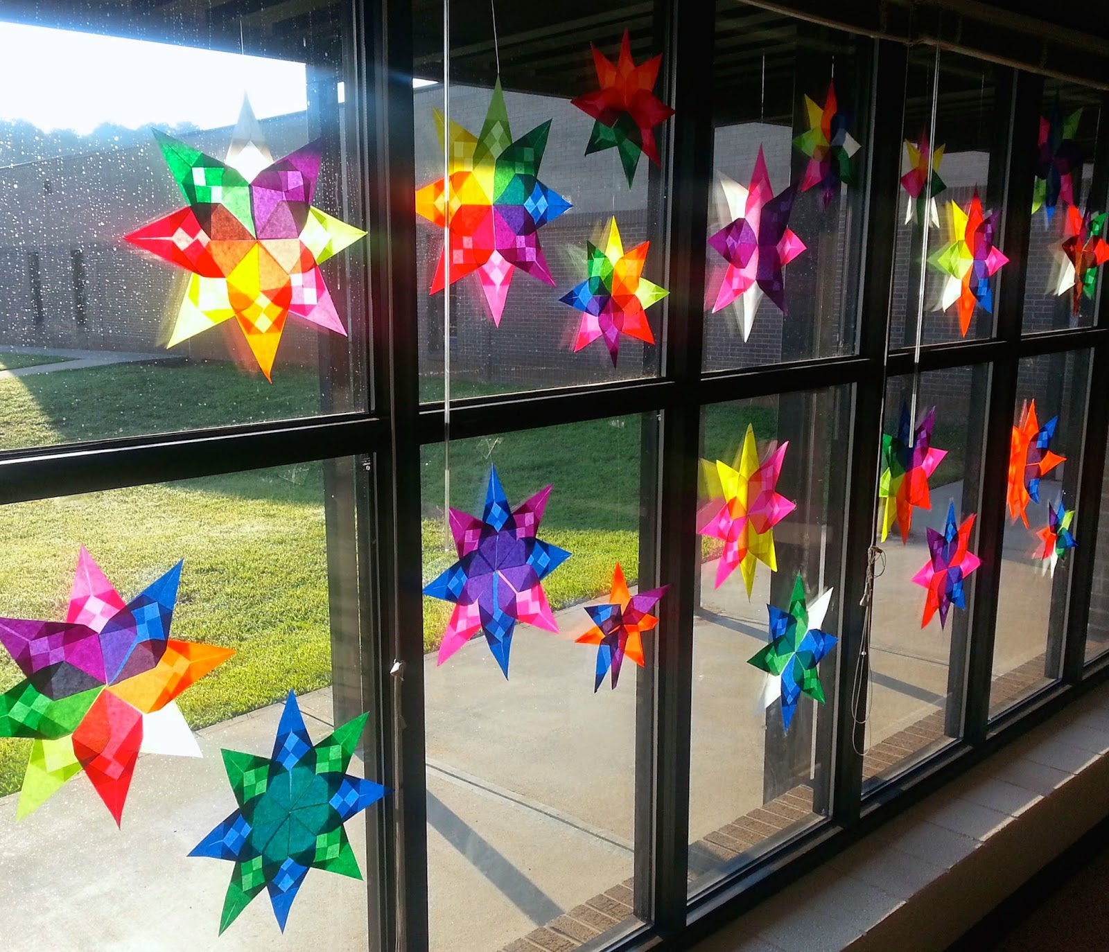 Art with mrs nguyen radial origami suncatchers 5th for Glass art projects