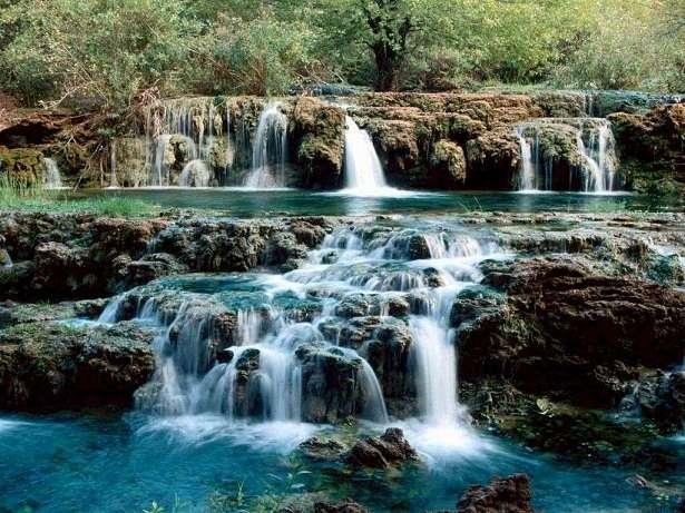 paisajes de cascadas