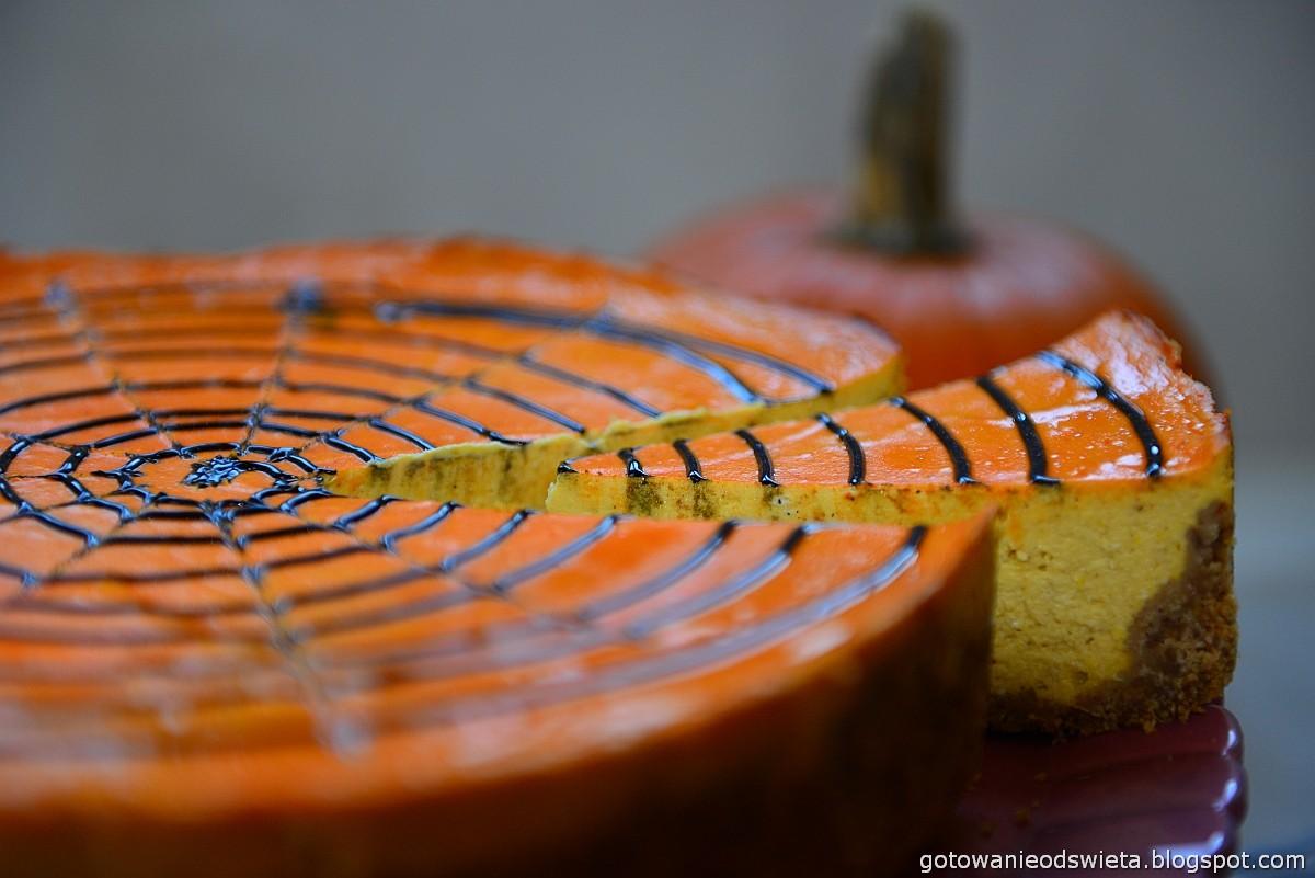 sernik dyniowy na halloween