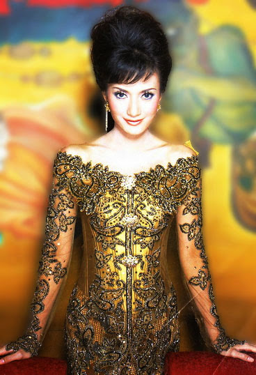 Model Kebaya Brokat Modern