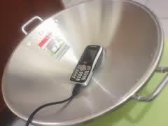 menguatkan sinyal ponsel