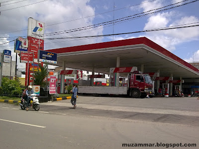 SPBU Platina raya by Muzammar - Berita Otomotif