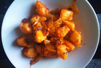 Pencas de acelga y patata rehogadas con pimentón