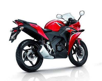 2011 Honda CBR150R Images