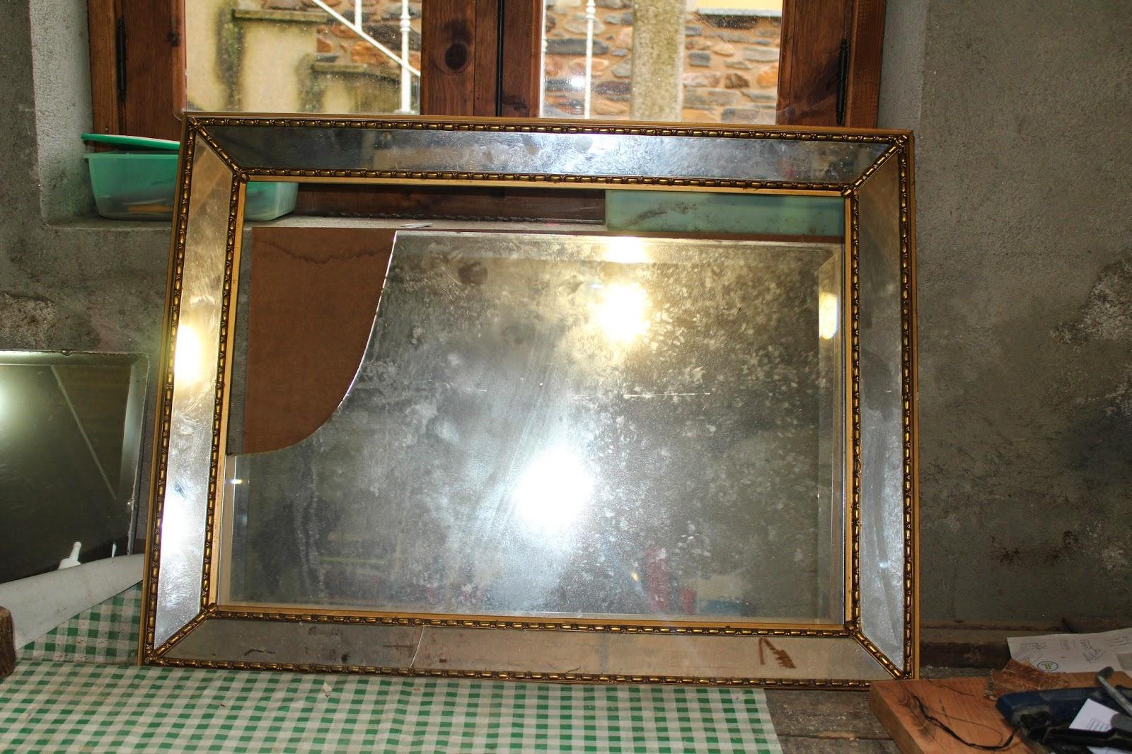 Gloria vintage espejo roto - De que color es un espejo ...