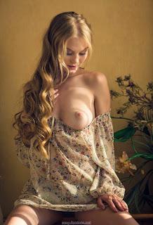 裸体自拍 - feminax-sexy-nancy-sensual-poses-in-beauty-and-wild-desire-08-777893.jpg