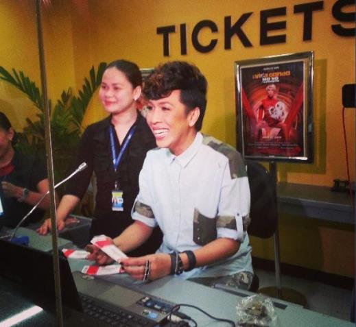 Vice Ganda personally sell tickets for his 'I-Vice Ganda Mo 'Ko Sa Araneta' Concert on May 17