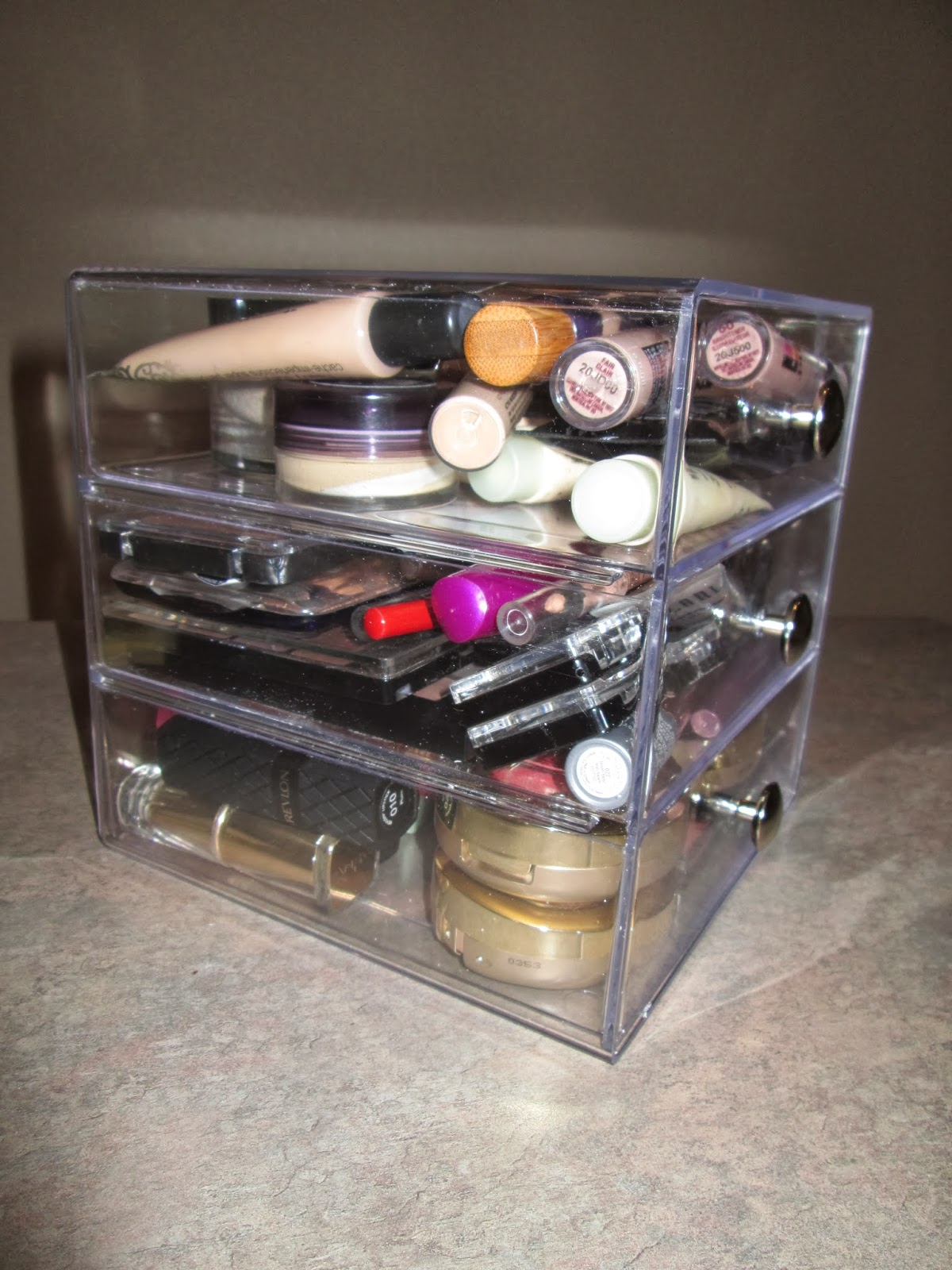 Pretties and pearls makeup storage solutions for limited for Limited space storage solutions