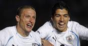 Uruguay eliminó por penales a Argentina y será rival de Perú