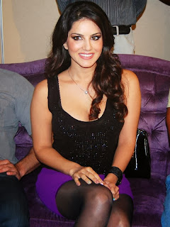 Sunny Leone Biography With Sexy Weight, Height, Bra Size, Age And Body Figure Measurements