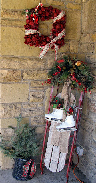 Applestone cottage doors and wreaths and sleds too for Antique sled christmas decoration